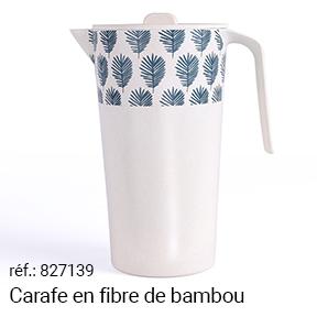 Carafe en bambou